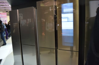 Haier Smart Window Fridge 6