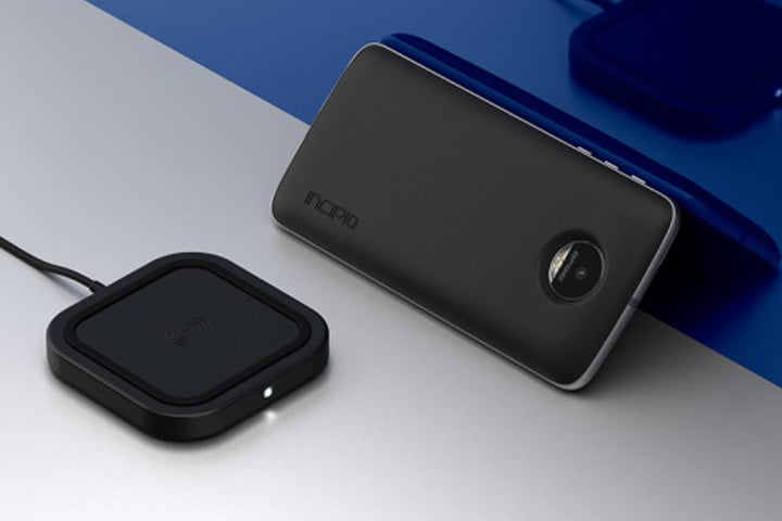 best sneakers 87e51 16f6c Here Are All the Moto Mods Compatible with the Moto Z   Digital Trends