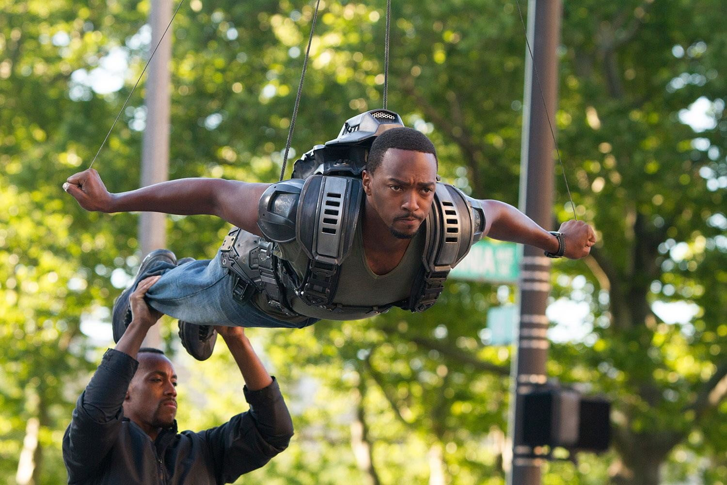 """Actor Anthony Mackie performed some stunts """"on the wire"""" in real life, and appears in other flying scenes by having his face digitally mapped to a virtual stand-in."""