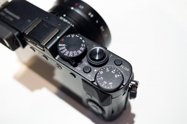 Panasonic-LX100-top-dials