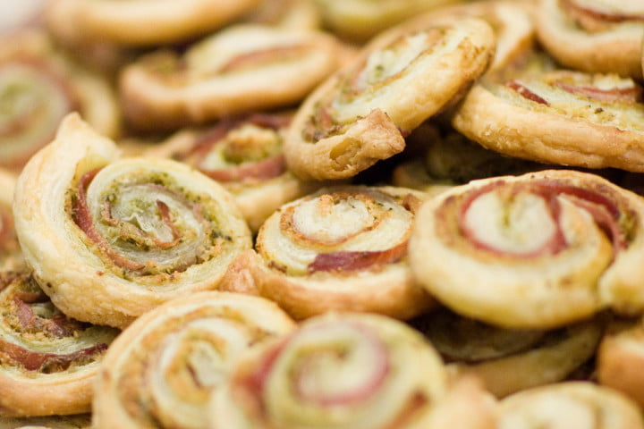 Prosciutto-and-Parmesan-pinwheels_