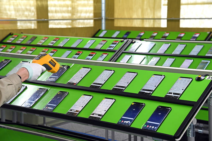inside look at how samsung tests batteries factory tour s8 2
