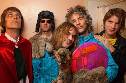 The-Flaming-Lips-color-band-shot-photo-by-George-Salisbury