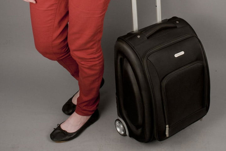 Travelon-18'-wheeled-underseat-bag_